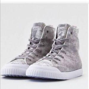 Treponema gray velvet boots